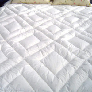 white-quilt-3